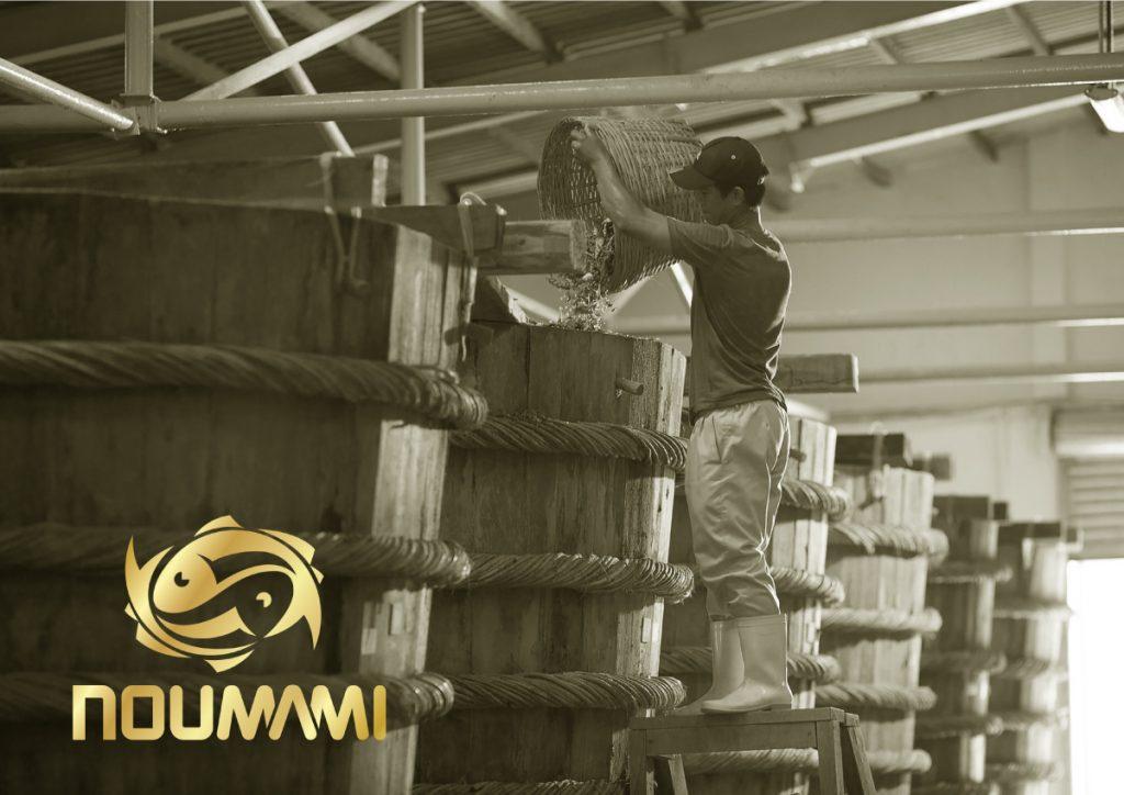 90 % av verdens fiskesaus er industriell. Dette gjør Noumami noe med.
